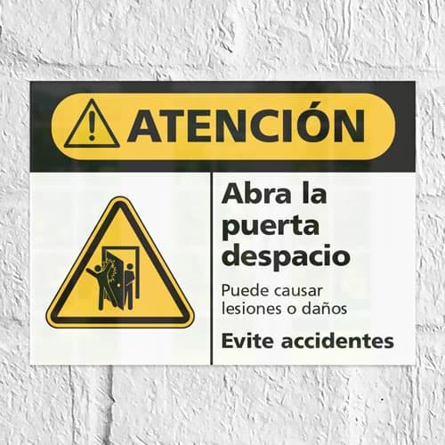Señal Precaución Abra la Puerta Despacio